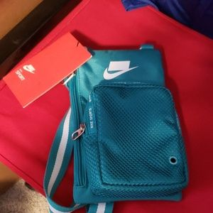 Nike Sport Cross Body Bag nwt
